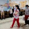 El emocionante encuentro de padres argentinos con sus bebés nacidos en Ucrania